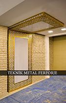 Modern Lazer Kesim Altın Rengi Pleksili Aydınlatmalı Duvar Panosu